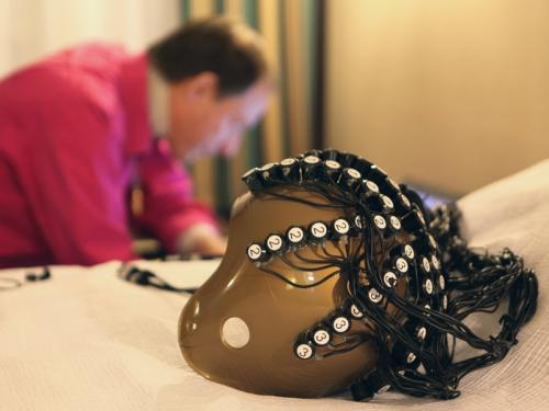 magnetic stimulation helmet
